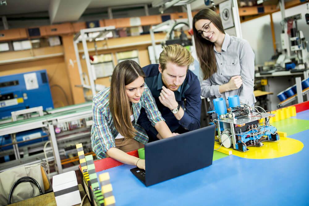 הנדסאי מכונות – מכטרוניקה במכללה למינהל העתיד כבר כאן